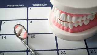 Dental routine checkup and clean